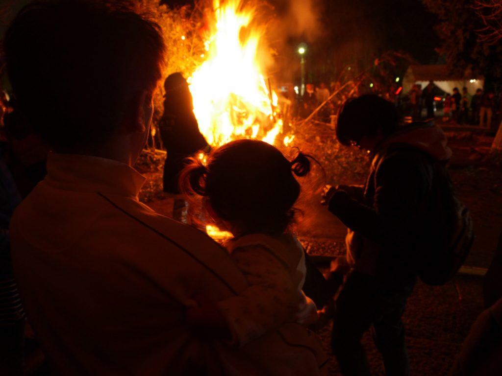 Neujahrsfest-in-Itabashi-Taasobi-im-Kitano-Schrein-2