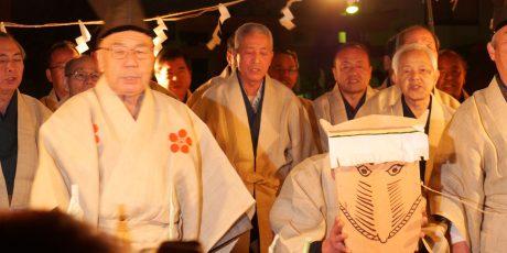 Neujahrsfest in Itabashi Ta'asobi im Kitano-Schrein (Leitung: Luise Kahlow)