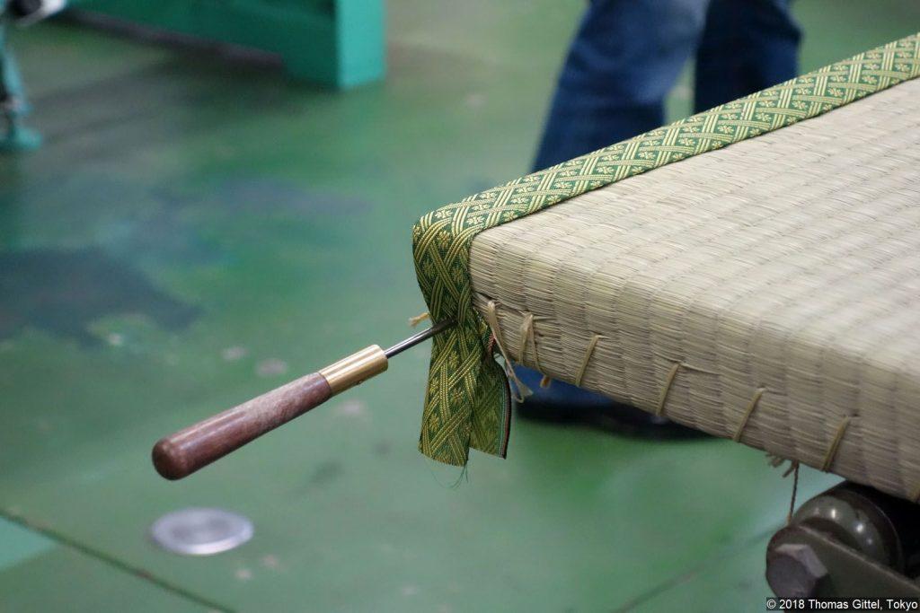 Okada Tatami-Werkstatt, Kawagoe (sumidomesagyo) - Besichtigung einer Werkstatt für Tatami-Herstellung