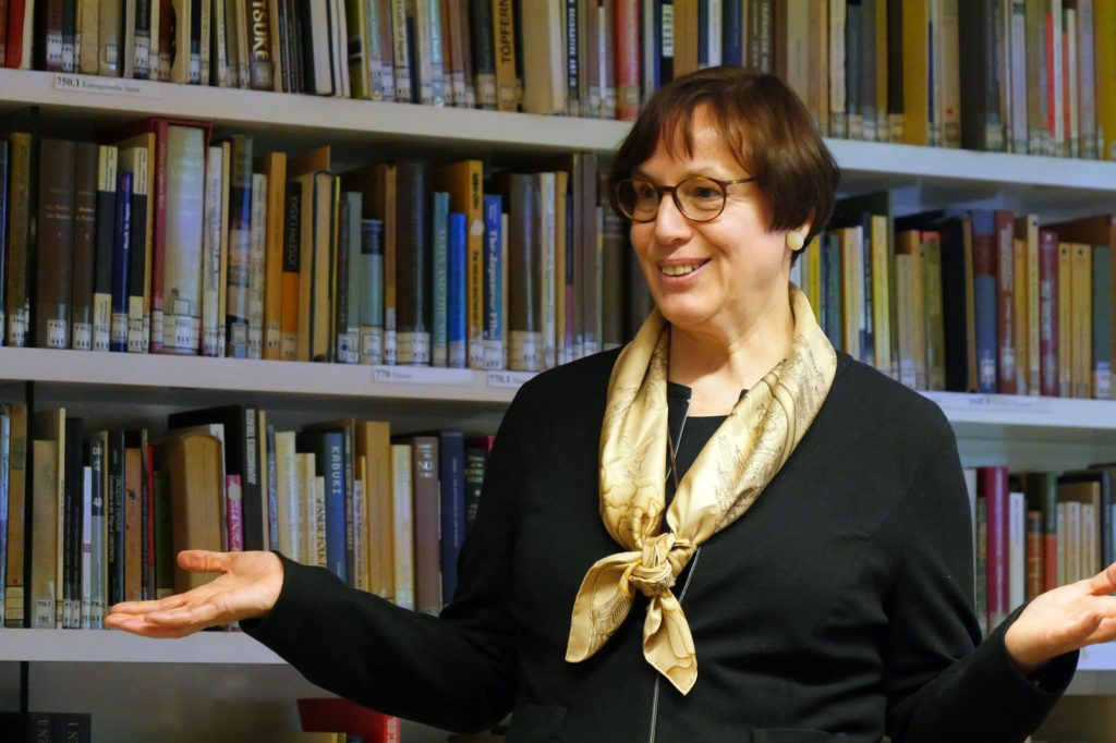 P1180142 OAG_Dr. Ingrid Krüßmann_China