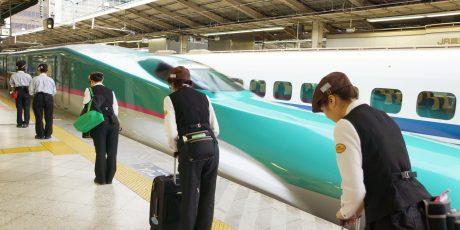 Die guten Geister im Shinkansen. Oder:  Ein sauberer Ort lädt nicht zum Zumüllen ein. Besichtigung der Shinkansen-Reinigungsfirma TESSEI von JR East Fällt aus, wird nachgeholt!